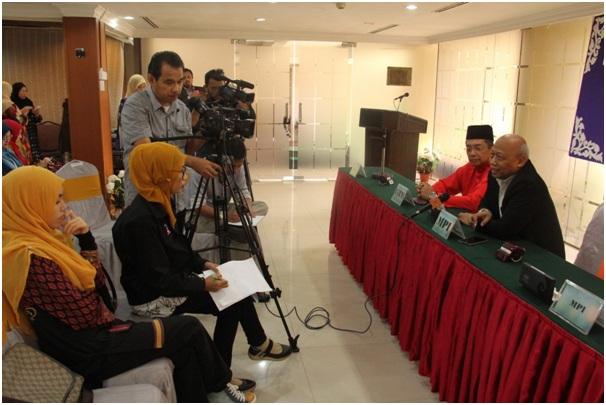 Sidang media di Intekma