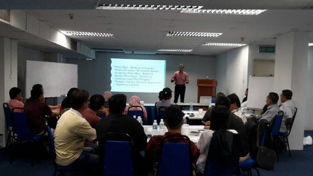 Julai 18 Utusan Borneo 03